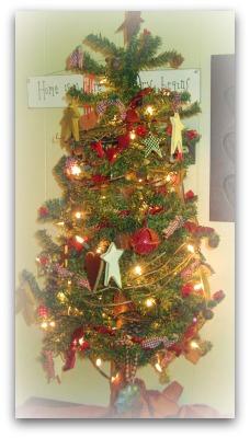 CHRISTMAS MEMORIES: COUNTRY TREE